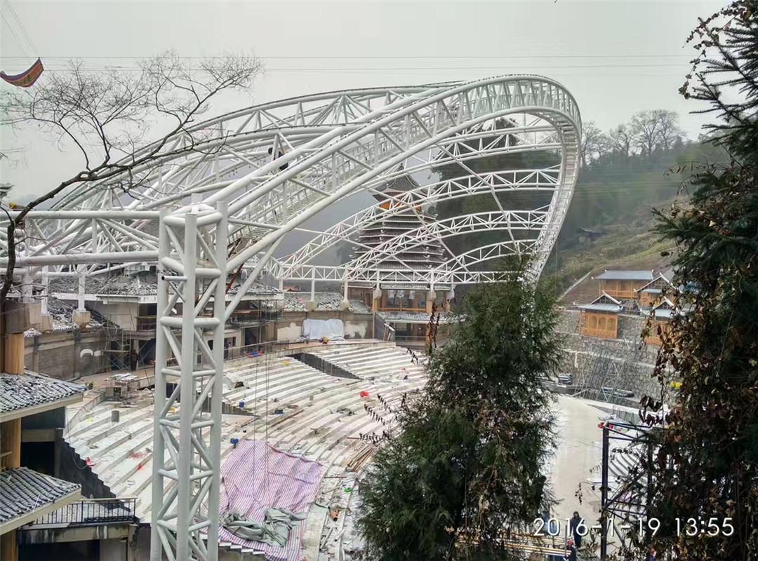 钢结构管桁架舞台