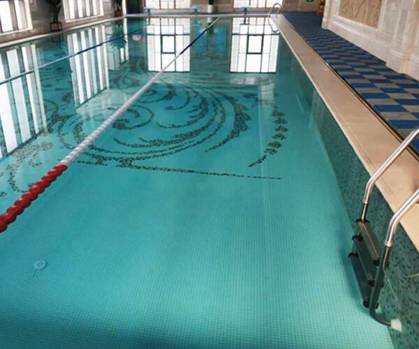 新鄭某高檔會所室內恒溫泳池項目
