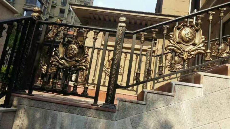 鋁藝樓梯-1.jpg