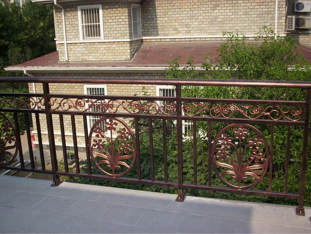 鋁藝陽台護欄