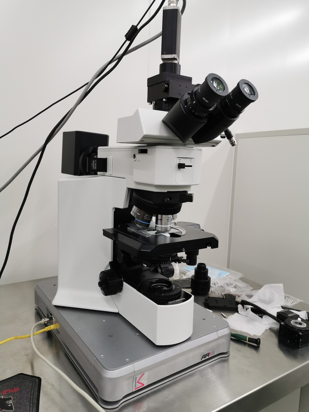 zeiss蔡司显微镜主动隔振台.png