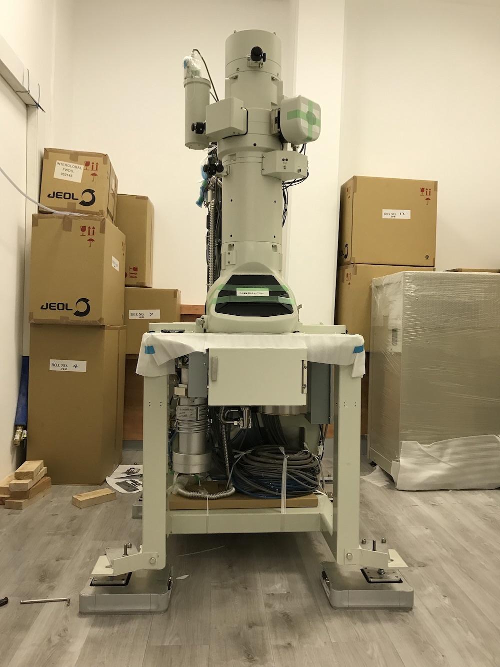 JEOL透射电镜ARISMD主动隔震器安装案例.jpg