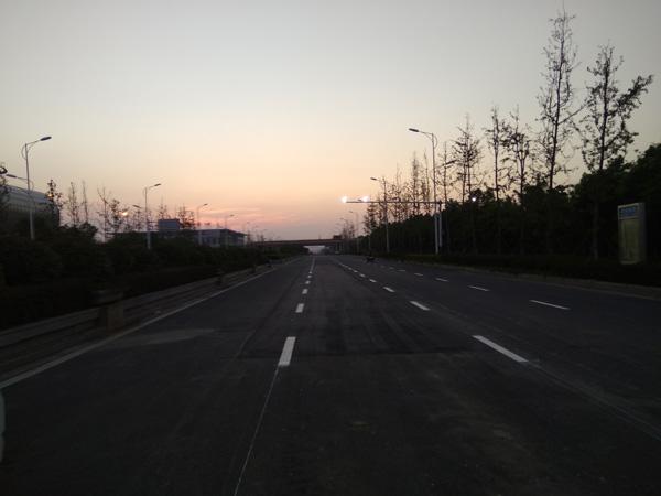 洪武路道路标线施工