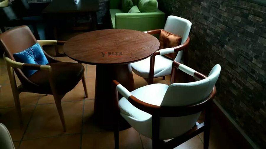 現代辦公家具