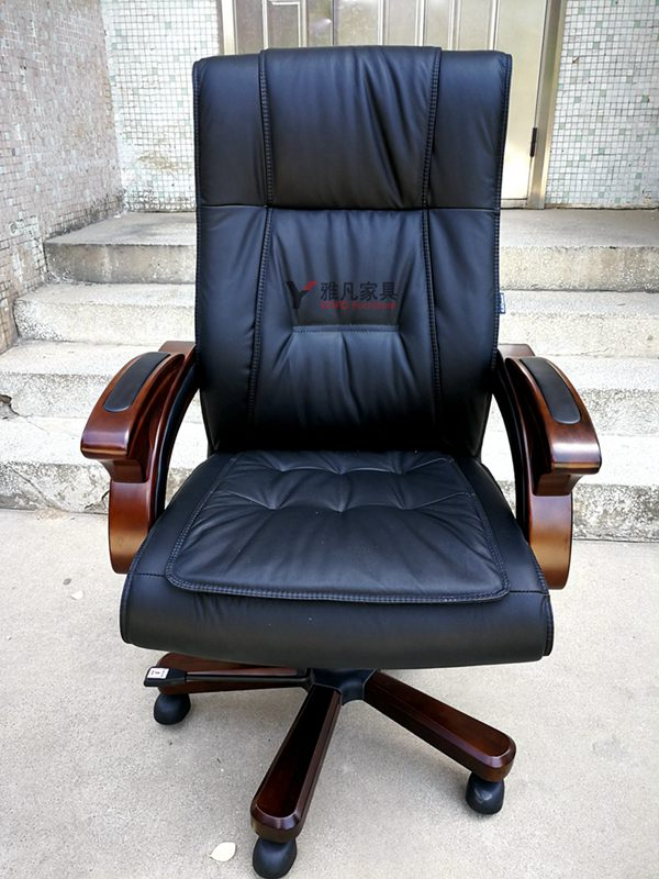如何选择一款合适的大班椅?