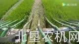 莊稼漢罐式有機肥施用機在草坪上作業