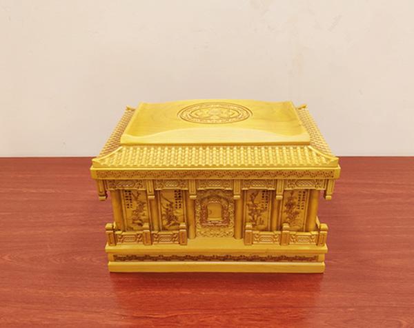 金丝楠木寿盒
